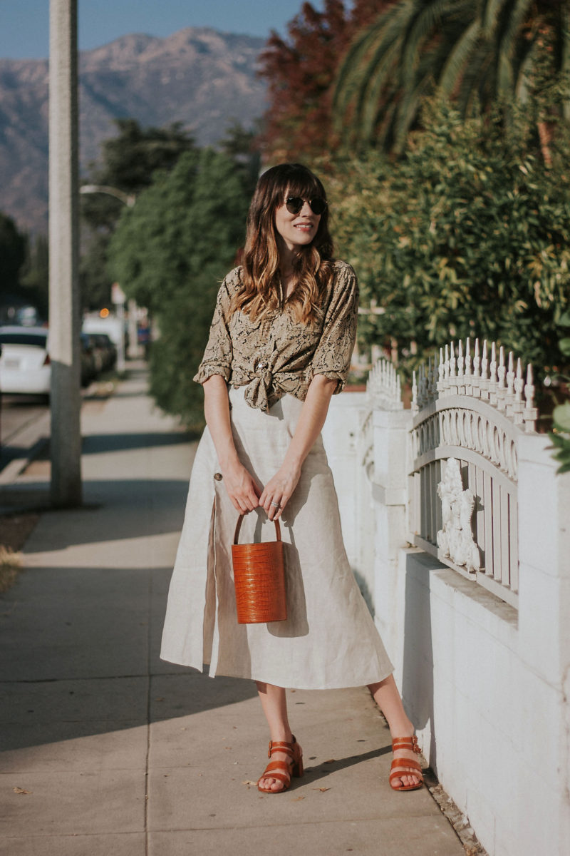 Los Angeles Minimalist Blogger wearing Reformation and Marais USA Accessories