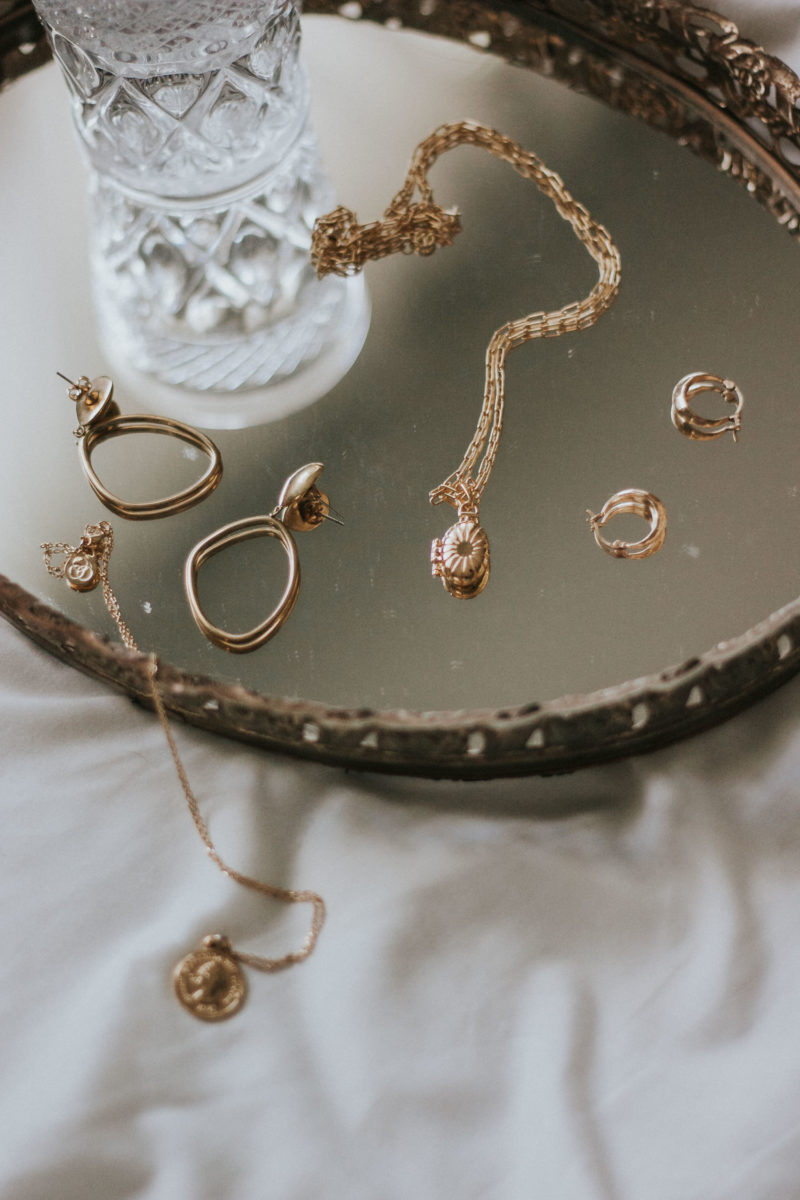 My Minimalist Jewelry Picks Link Up Jeans And A Teacup