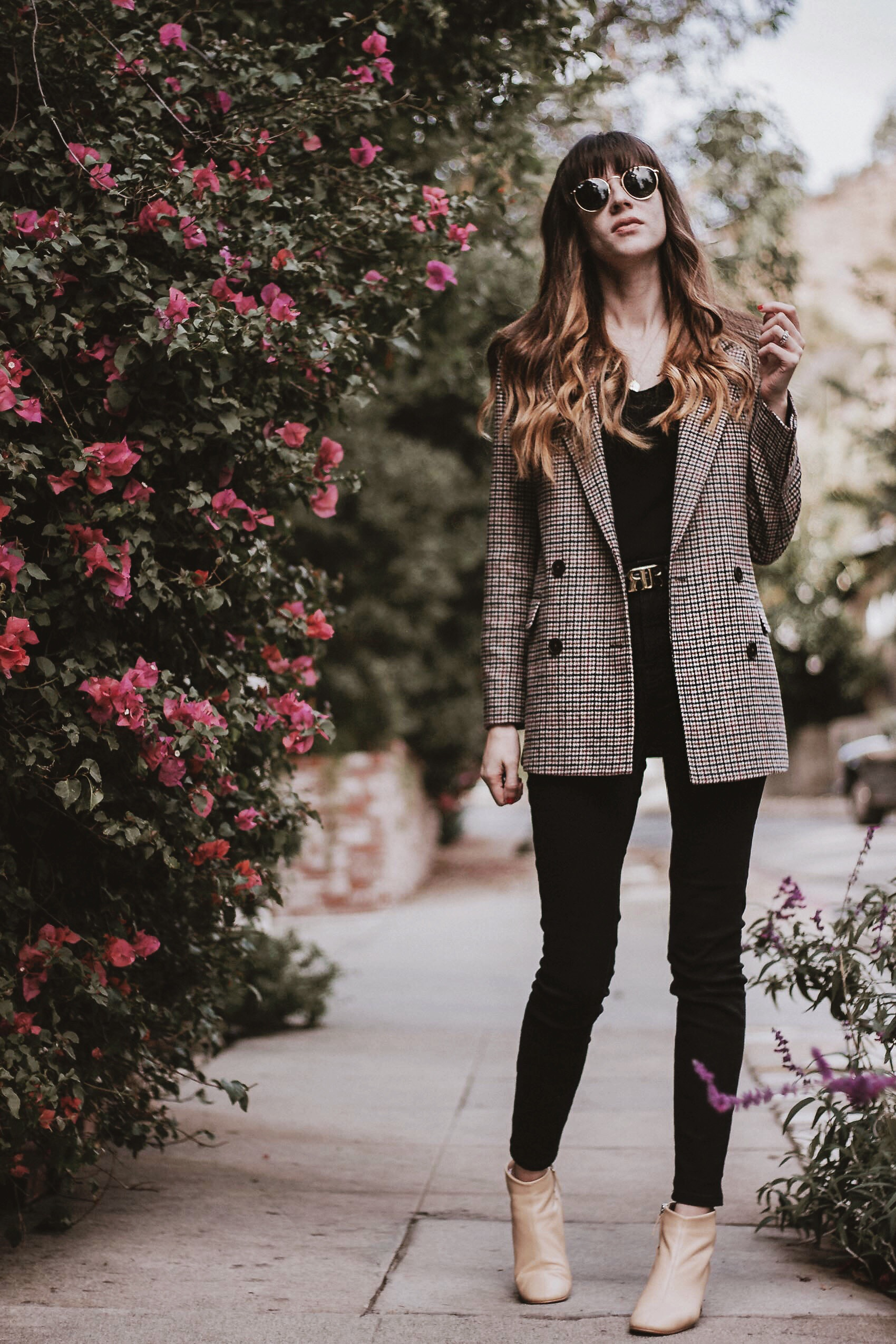 Los Angeles fashion blogger wearing Frank and Oak wool blazer and Everlane denim and boots
