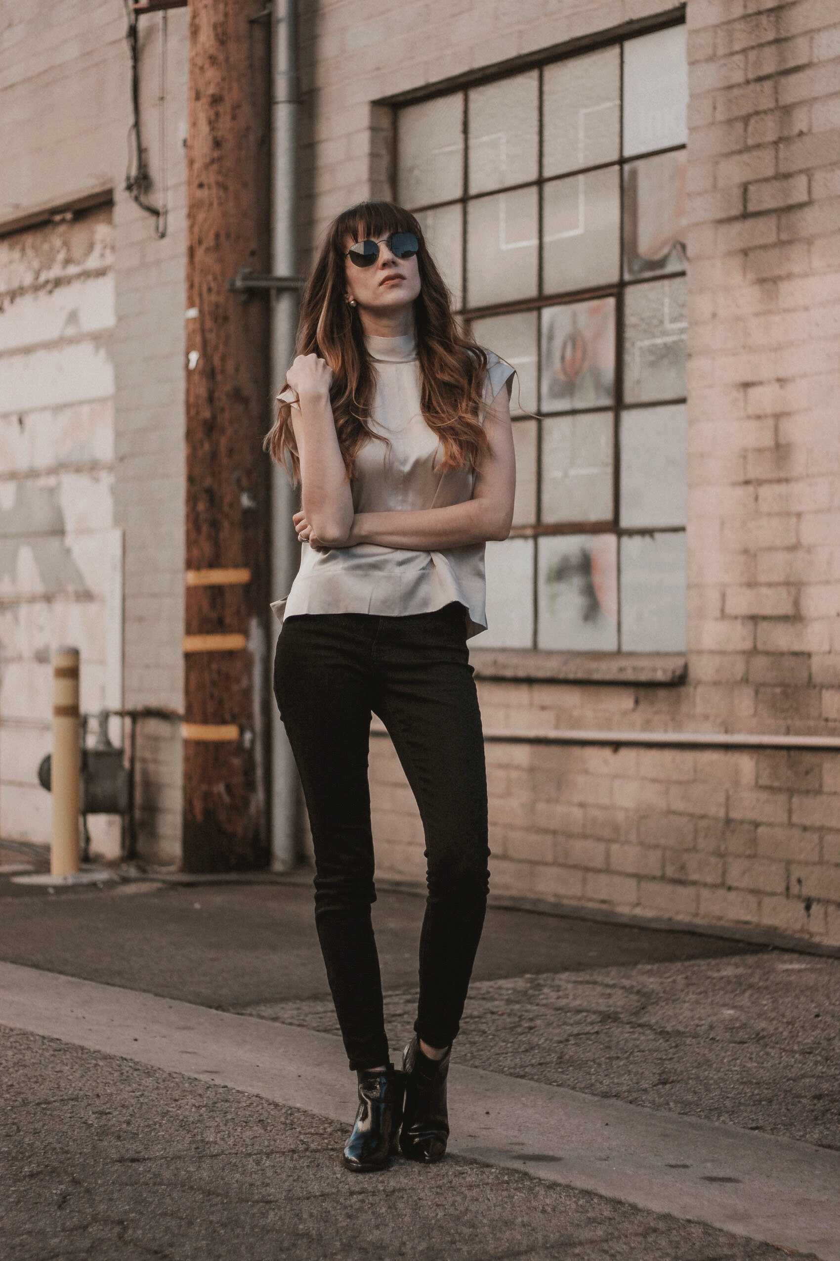 2019 goals - Everlane Silk Blouse, Everlane High Waist Authentic Stretch Skinny Jeans, Marc Fisher Booties