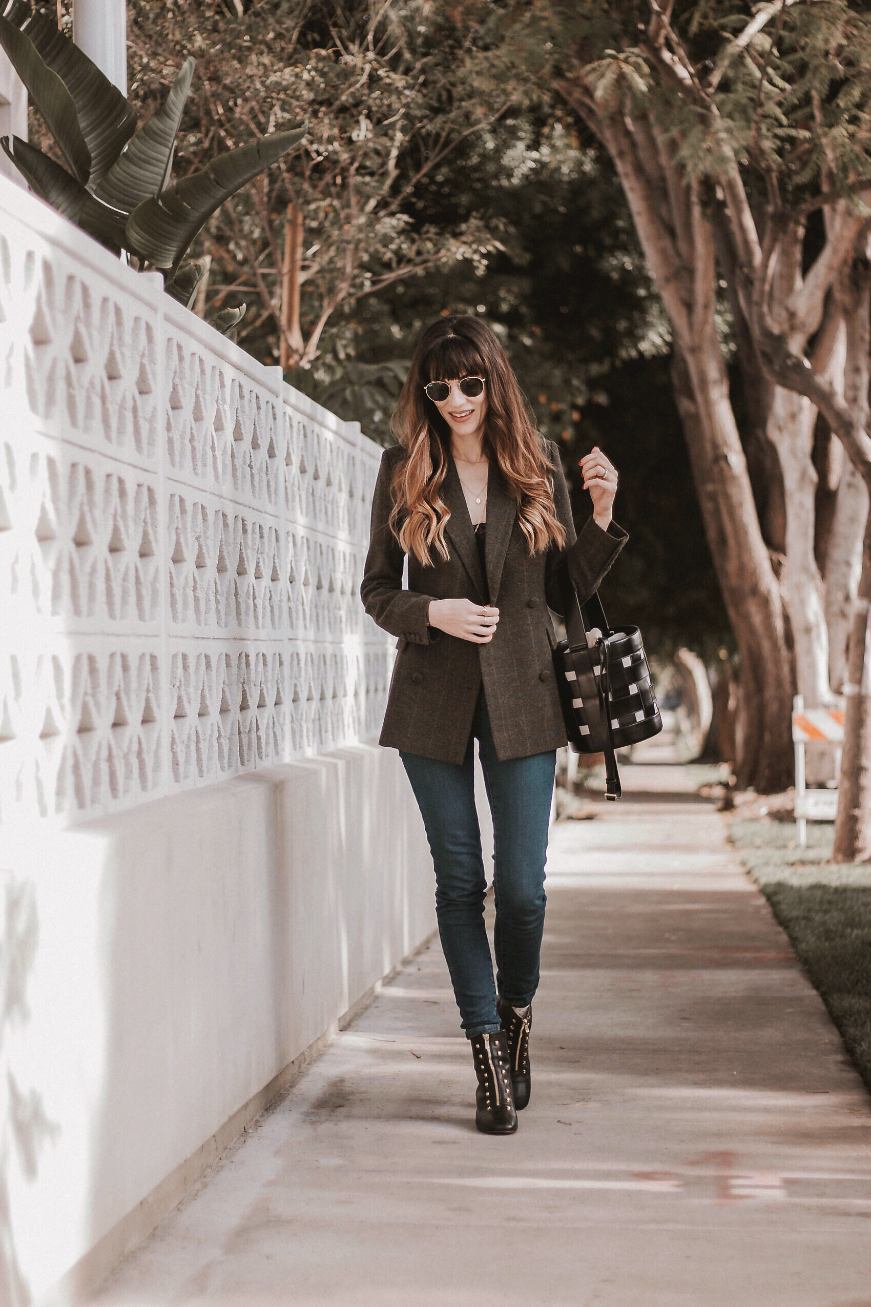 Jeans and a Teacup Fashion Blogger, Los Angeles Style Blogger, Frank and Oak Women Blazer, Everlane jeans, An Hour and a Shower Boots