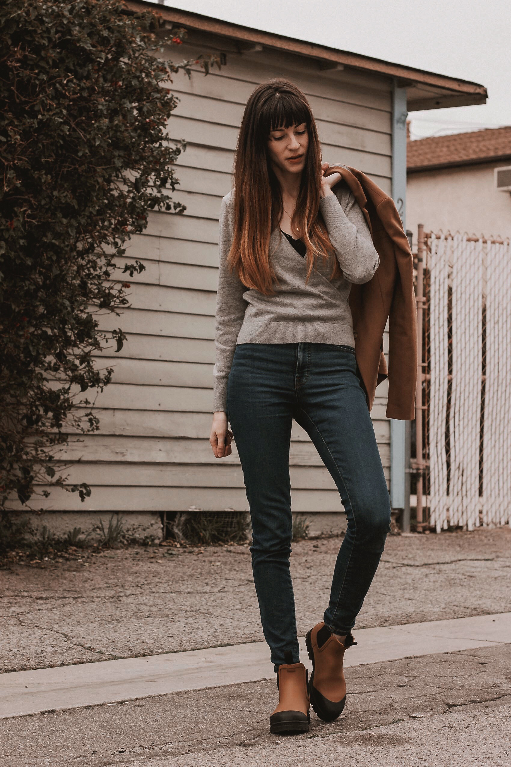 Los Angeles Fashion Blogger sharing How to Style Rain Boots