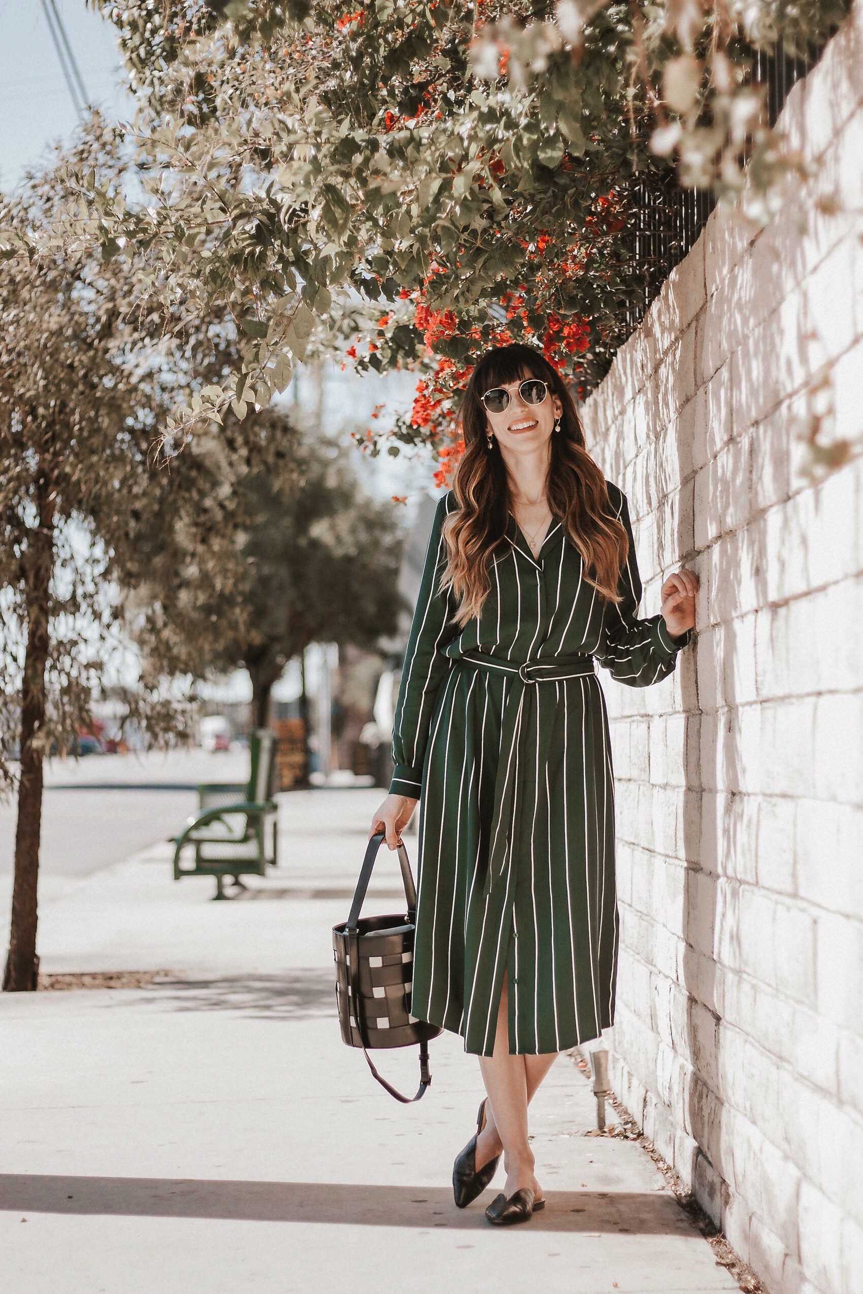 Los Angeles Blogger wearing H&M striped shirtdress, Vasic NY Bucket bag and Targetstyle shoes