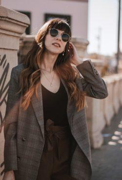 Minimalist Fashion Blogger wearing Frank + Oak