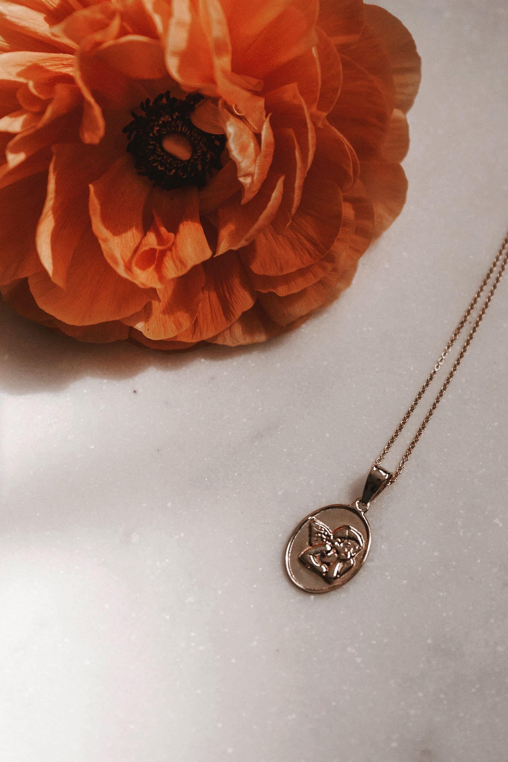 Kinn Studio Elusive Dream Pendant, Modern Jewelry Heirlooms