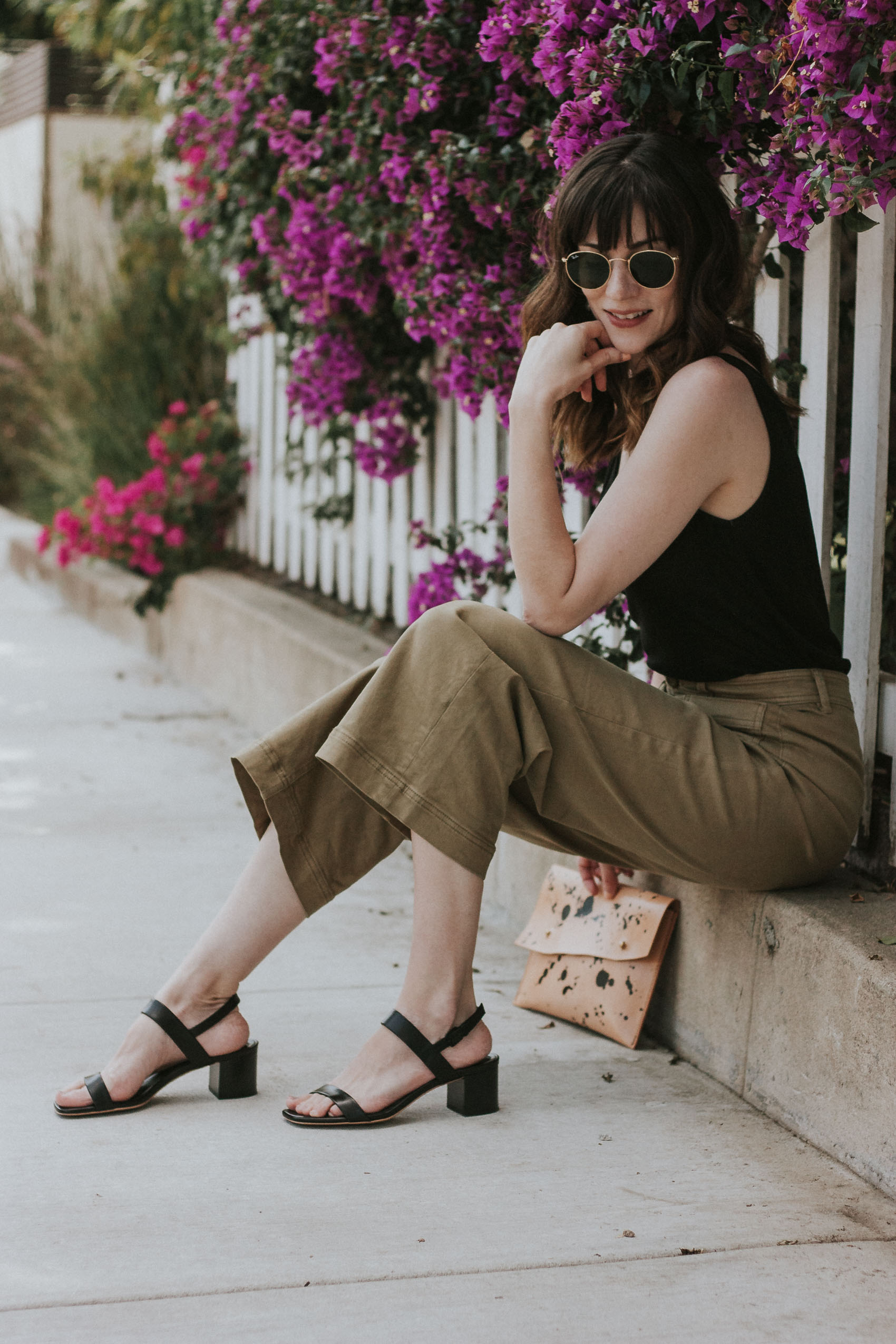 Los Angeles Blogger wearing Everlane Wide Leg Crop Pants and Block Heel Sandals