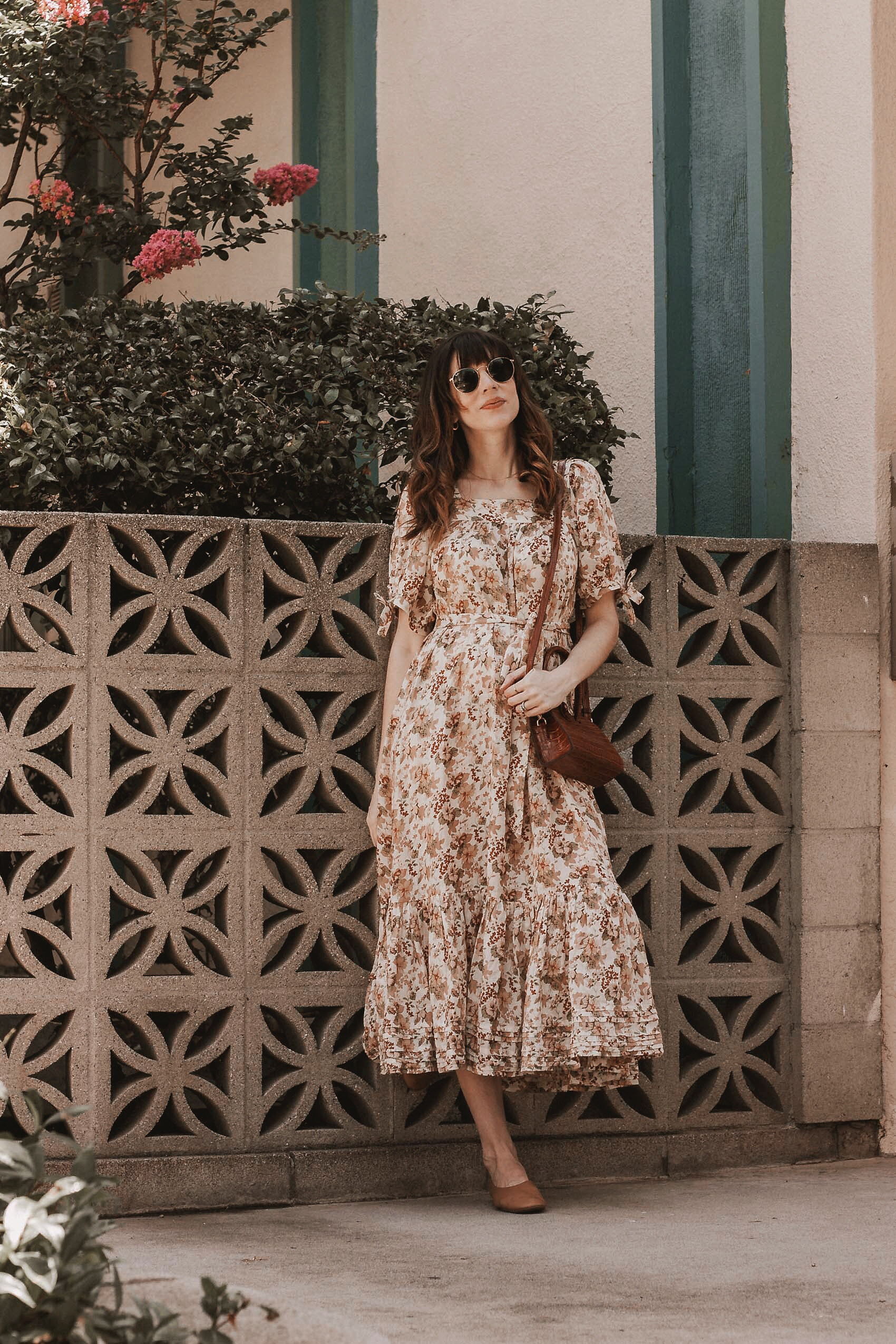Pregnant Los Angeles Blogger wearing ethical fashion brand Doen