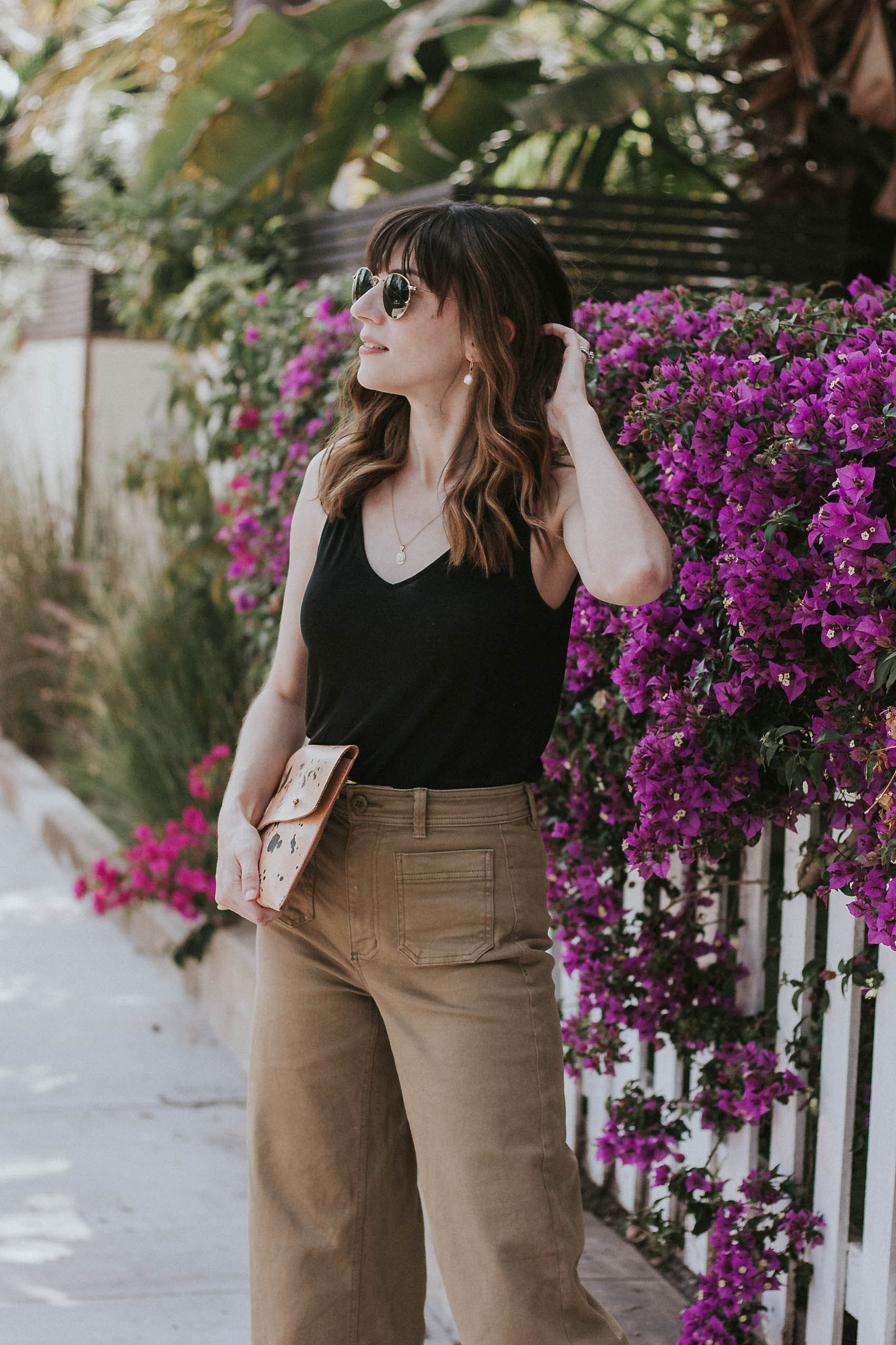 Fashion Blogger wearing Minimalist Summer Everlane Outfit