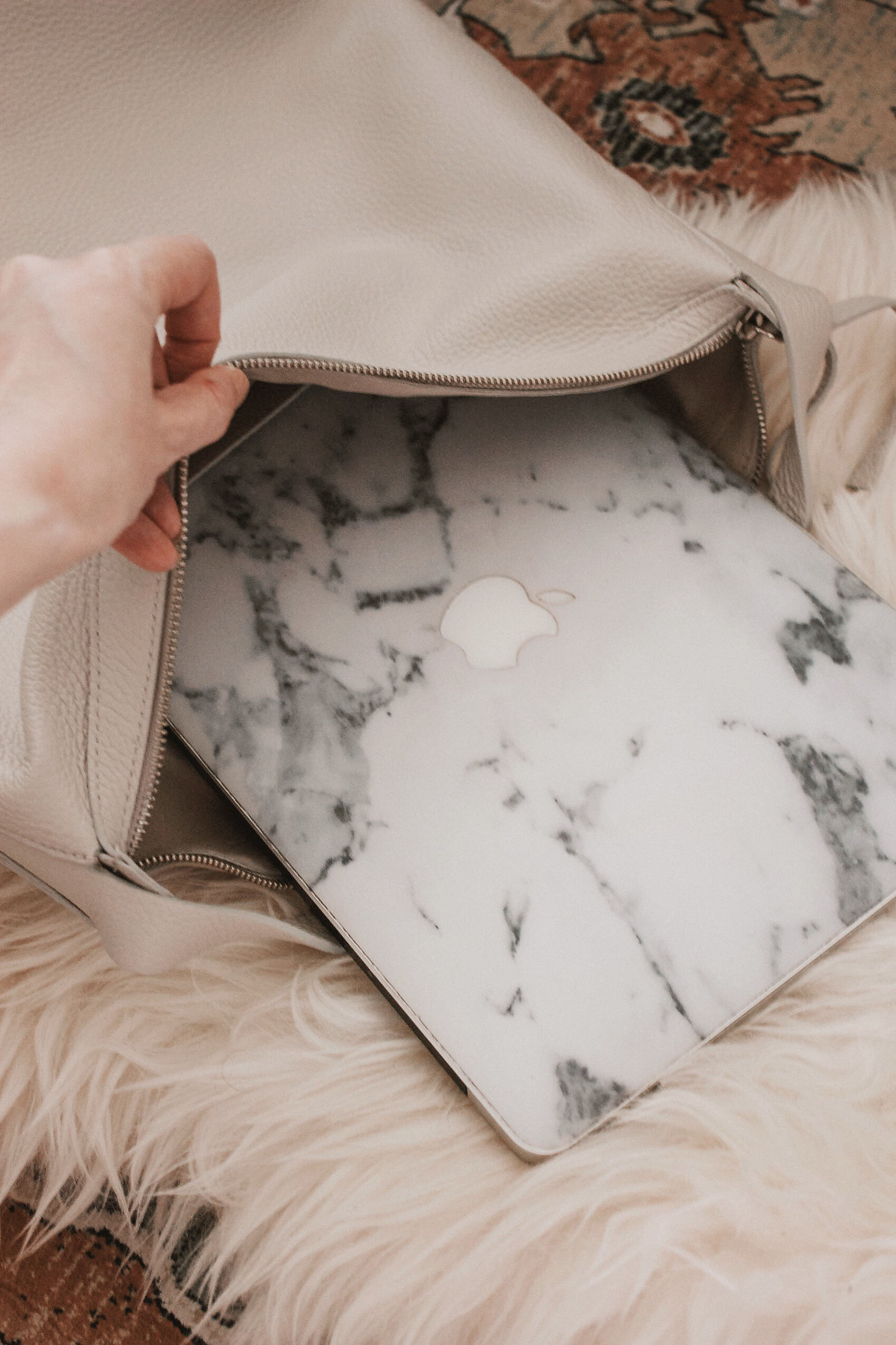 Everlane Leather Boss Bag Review with Laptop
