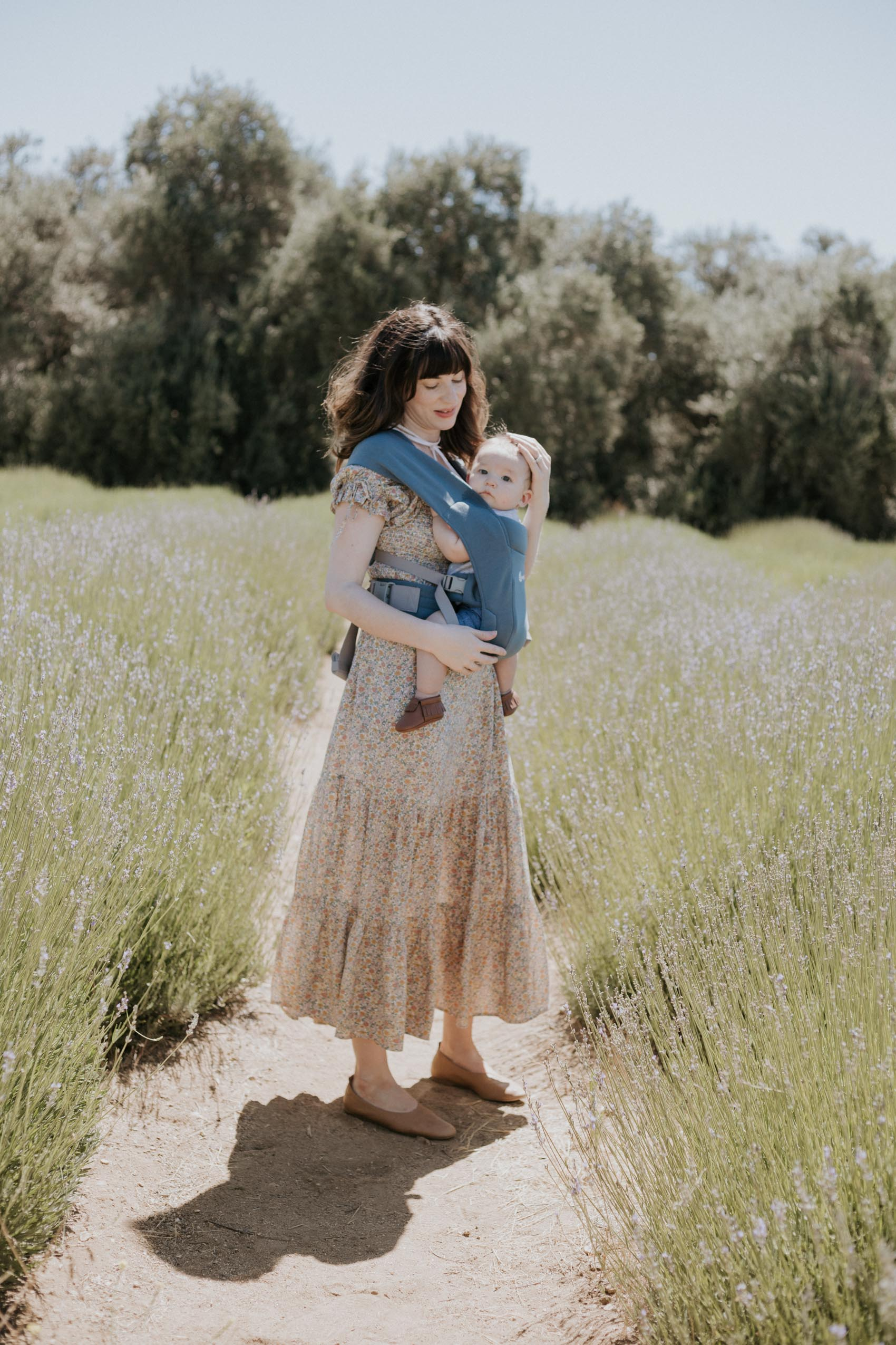Fashion blogger baby wearing at Highland Springs Lavender Fields
