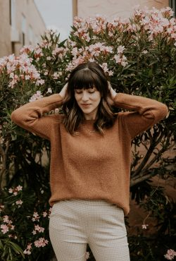 Sezane Gaspard Sweater on Los Angeles Fashion Blogger