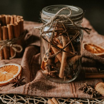 DIY Dried Stovetop Potpourri for Holiday Gifts