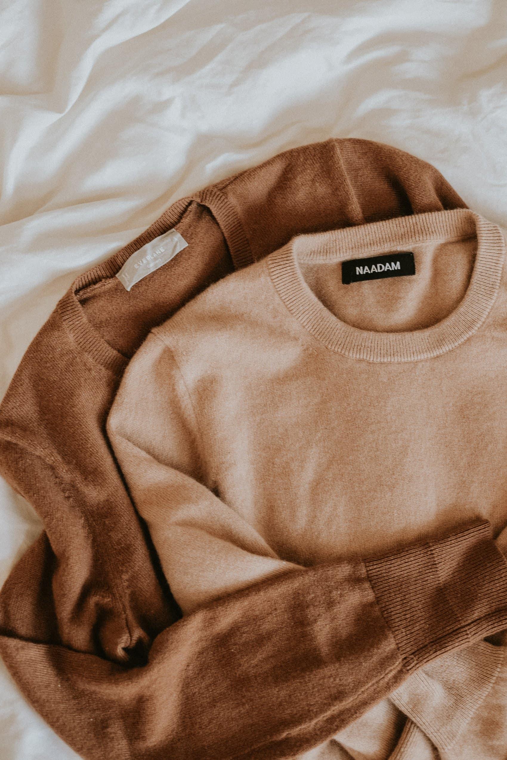 Everlane Cashmere Sweater vs. NAADAM Cashmere Sweater Review