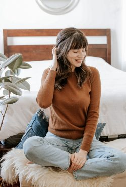 Everlane Cashmere Sweater Review