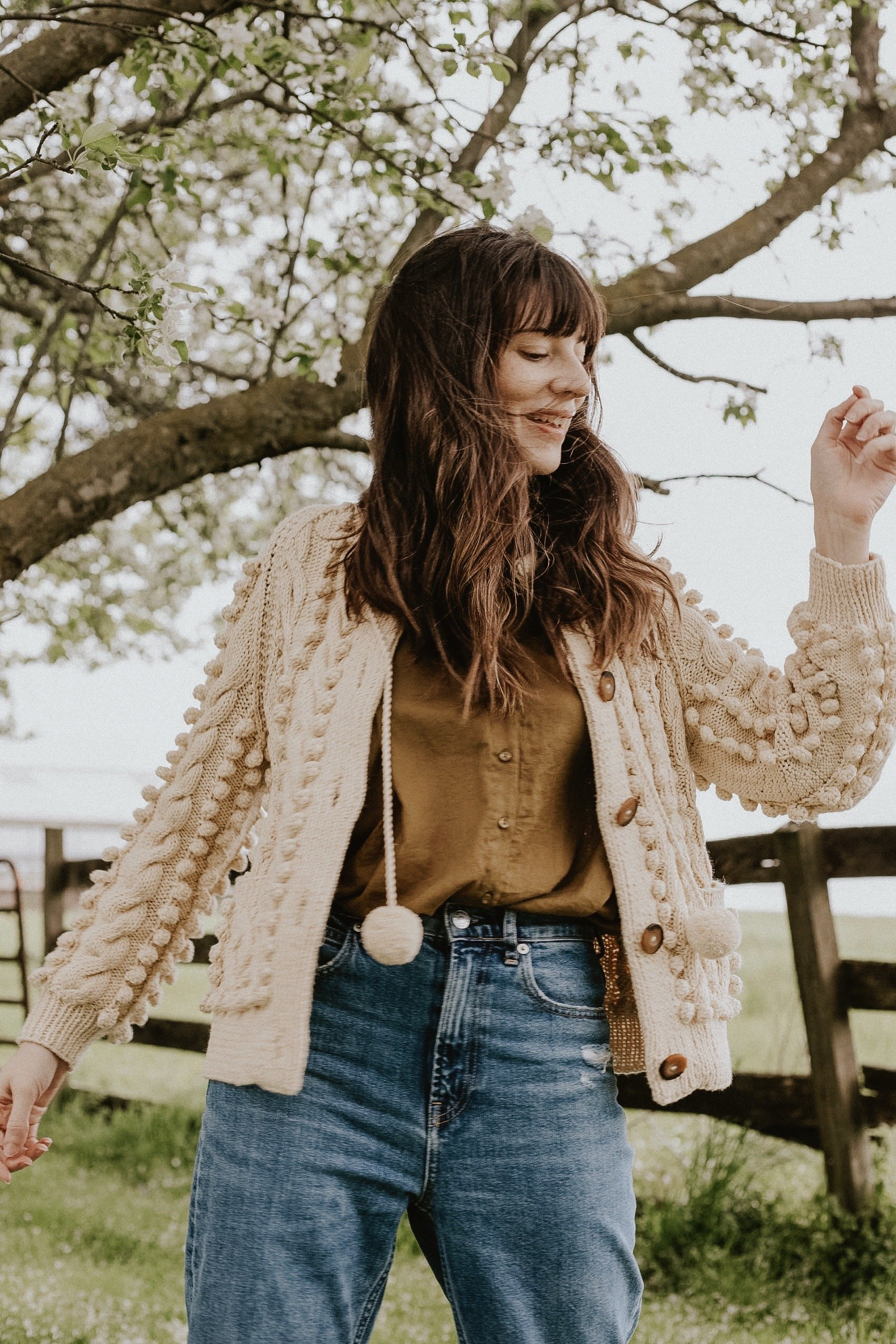 Doen Pomme Cardigan in cotton on Lancaster County Style Blogger on the farm
