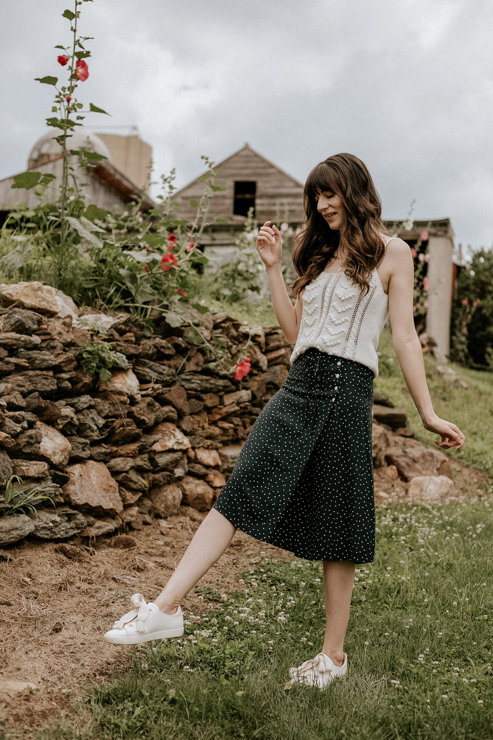 """""""Dressed up"""" casual summer outfit ft Sezane Jack Sneakers with Rouje Wrap Midi Skirt and Textured Knit Tank from Sézane"""