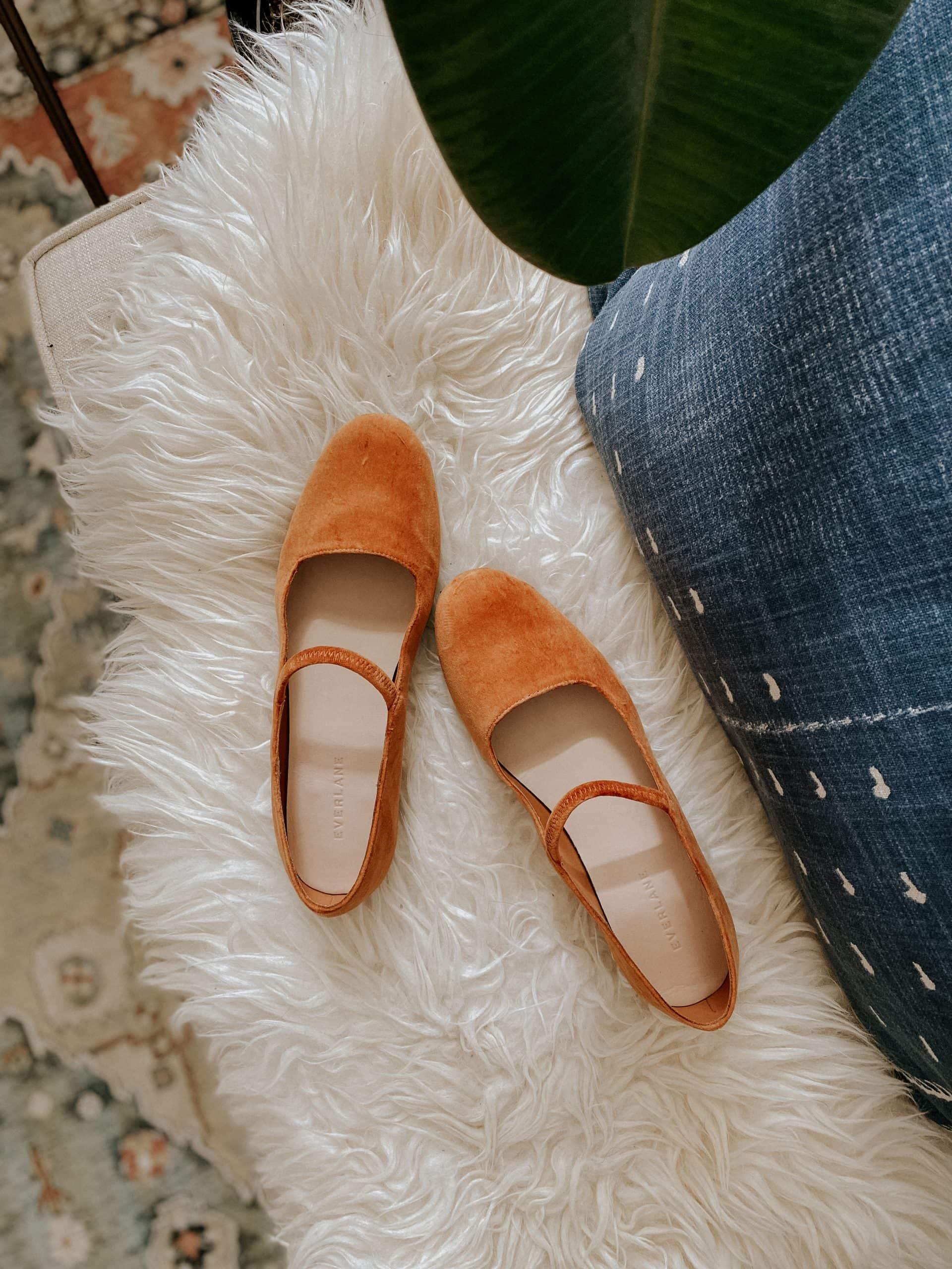 Everlane product reviews: Velvet Mary Jane Shoes